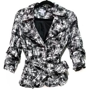 Lun black and white jacket